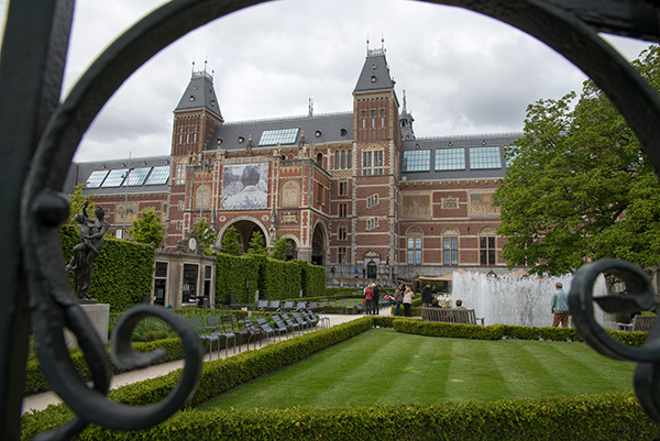 The Rijksmuseum in Amsterdam has been one of the World's leading institutions in terms of the adopting of digitial technologies to grant access to their extensive collections.